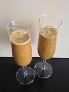 Sanddorn-Orangen-Drinks