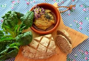 Dinkel-Quinoa-Brot Humus III