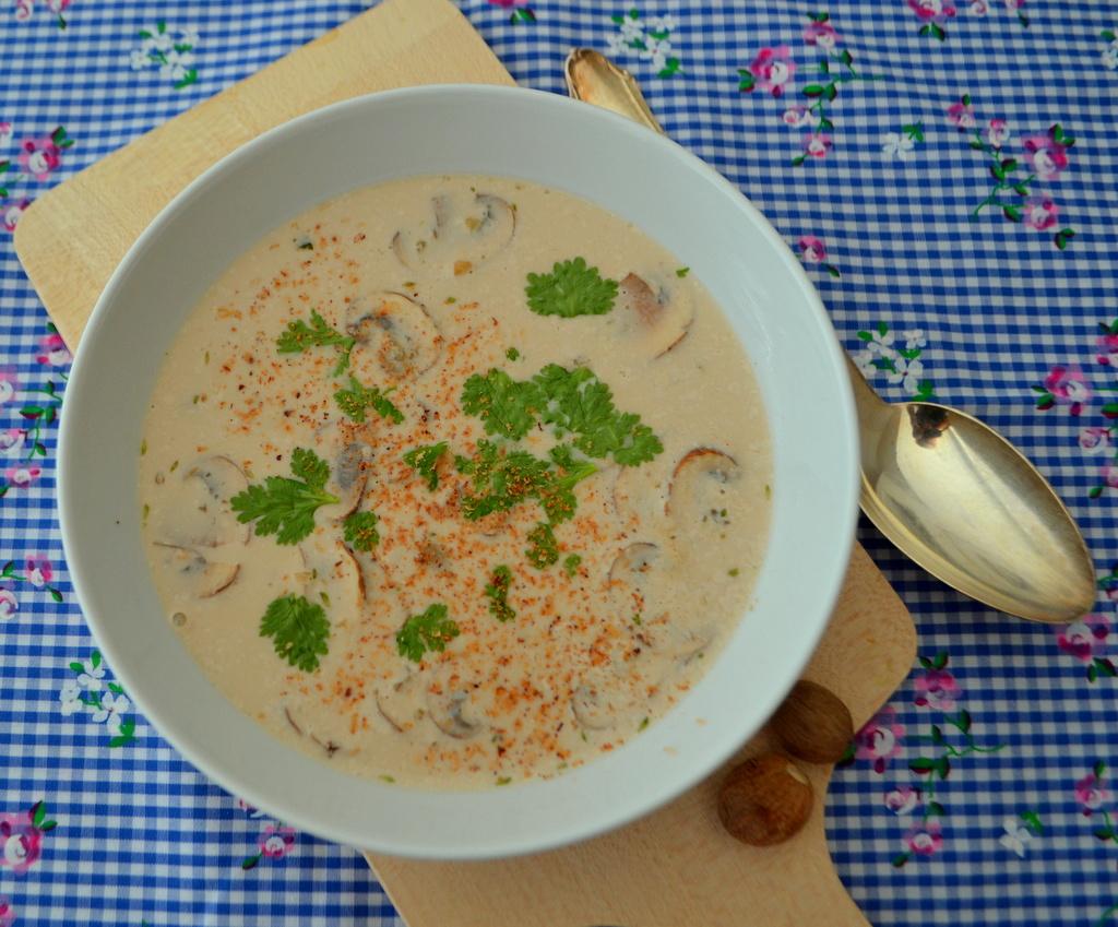 Kokos-Champignon-Suppe mit Sorghum – Weltküche